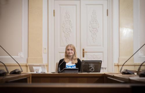 Aava Murto valtioneuvoston salissa